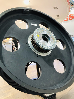 Our large friction clutch RSHD in an overload protection for motors of shredders