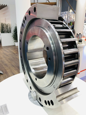 Integrated Freewheels FXM for very high torques of up to 1,230,000 Nm